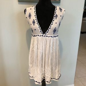 Free People White and Blue Embroidered Tunic Top